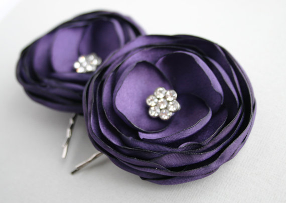 Mariage - Purple Flower Hair Clips, Wedding Hair Accessories, Deep Purple Hair Clips, Plum, Eggplant Hair Flowers, Bridal Hair Pieces, Flower Girl