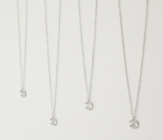 Mariage - Set of 4 personalized initial necklace, Bridesmaids gift, Wedding gift, Bridal Jewelry, Bridesmaids initial necklace, Custom bridal party