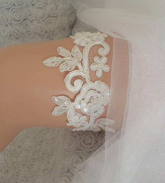Hochzeit - Beaded Ivory garter lace garter flower modern garter Lolita prom bridesmaid bridal garter burlesque garter free ship