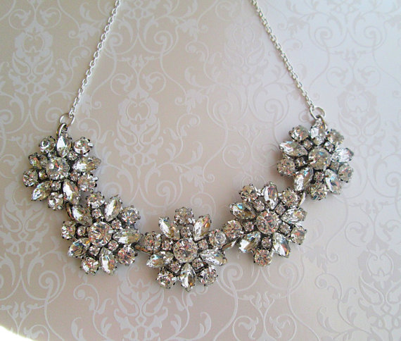 Mariage - Chunky rhinestone Statement Necklace crystal Statement silver Necklace Bridal Jewelry wedding necklace