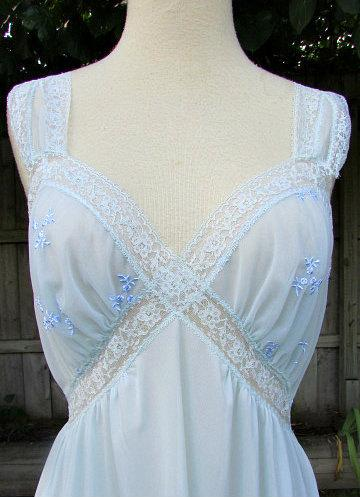 Wedding - vintage 50s van raalte baby blue long nightgown lace embroidered trim made in usa