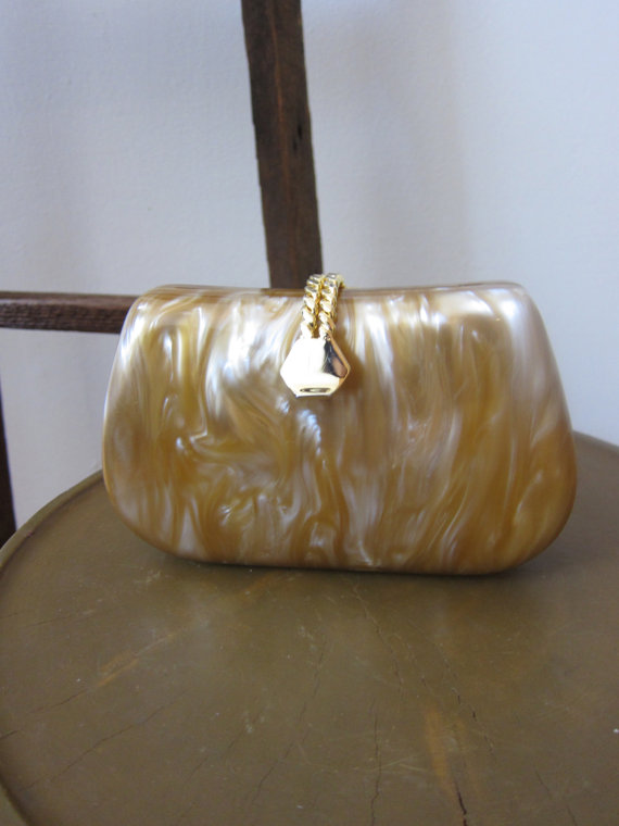Свадьба - Marbleized Celluloid Clutch Shades of Beige Hard Shell Dress Up Wedding GalaEvening Special Occasion