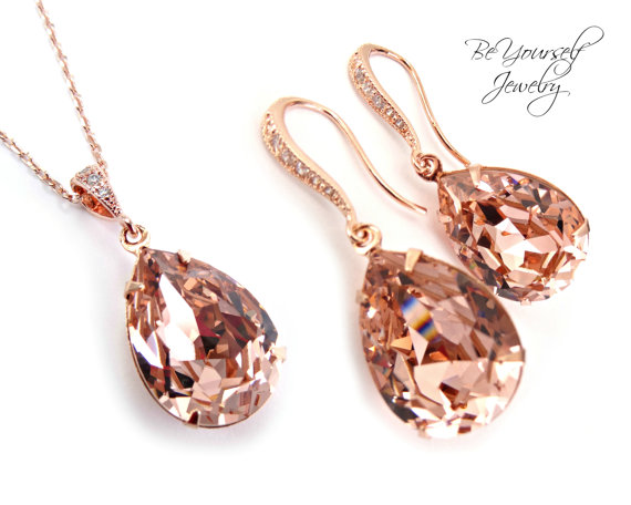 Mariage - Rose Gold Bridal Earrings Necklace Set Swarovski Crystal Vintage Rose Teardrop Jewelry Set Hypoallergenic Soft Pink Blush Wedding Bridesmaid