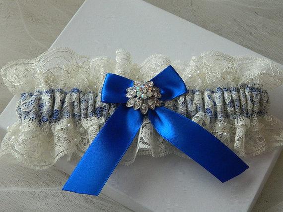 Mariage - Wedding Keepsake Garter, Bridal Keepsa Garter, Ivory Chantilly And Royal Blue With Rhinestone Button
