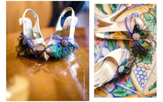 Mariage - Shoe Clips Peacock Fan. Spring Couture Bride Bridal Bridesmaid, Feminine Gossip Girl Gift, Rhinestone Crystal, Rockabilly Statement Fabulous