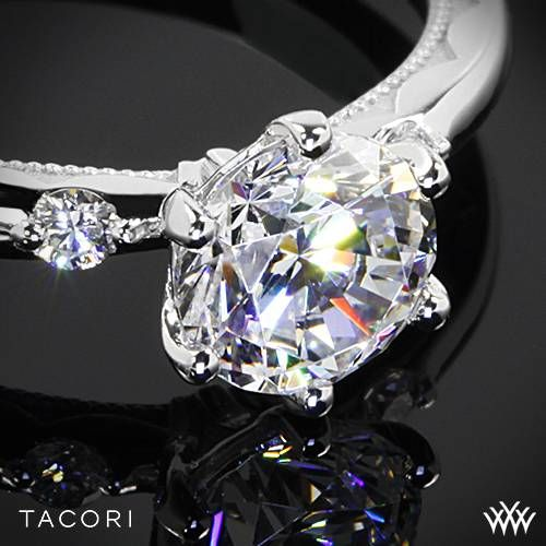 Свадьба - 18k White Gold Tacori 56-2RD Sculpted Crescent Classic 3 Stone Engagement Ring
