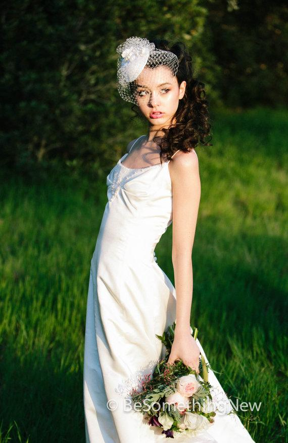 Mariage - Wedding Hat Fascinator with Birdcage Veil, Wedding Hair Accessory Short Wedding Veil