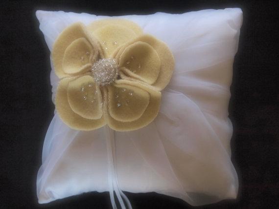 Mariage - Ring Pillow Bearer Wedding White Yellow