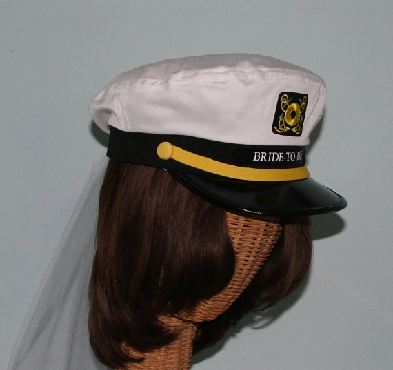 Mariage - Personalized CAPTAIN'S Hat w/ VEIL perfect for Nautical Bridal Shower, Rehearsal Dinner or Destination Wedding - Style #200-V