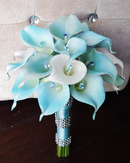 زفاف - Silk Flower Wedding Bouquet - Aqua or Aruba Blue Calla Lilies Natural Touch with Crystals Silk Bridal Bouquet Mint Robbin's Egg