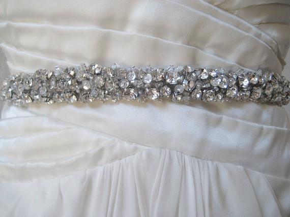 Hochzeit - Bridal chunky Czechoslovakia crystal sash. Rhinestone cluster wedding belt. CRYSTAL CLUSTERS