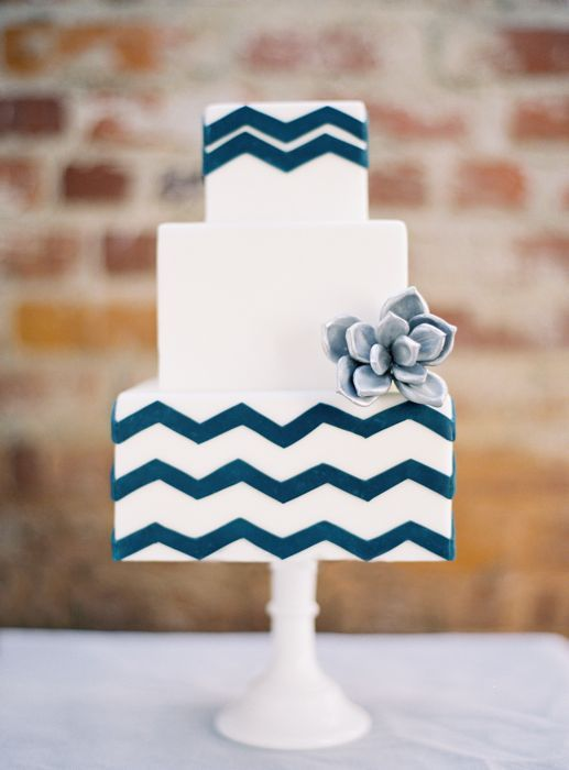 Wedding Theme Blue White Cakes 2299638 Weddbook