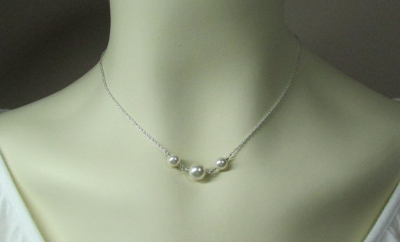 Mariage - Floating Pearl Necklace - White Pearl Bridal Jewelry - Pearl Bridesmaid Necklace  - Bridal Party Jewelry
