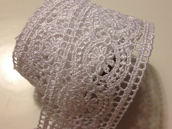 Свадьба - White lace ribbon 1 1/2 inches x 6 feet