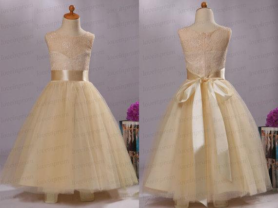 Düğün - Lace flower girl dress,cap sleeve girls clothing,party dress,handmade tulle bridesmaid dress/wedding party dress