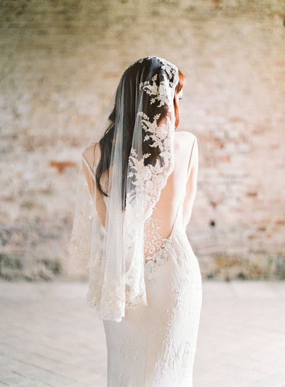 Mariage - Wedding Veil Beaded Ivory Lace Mantilla Bridal Veil Hip Length - Style 312