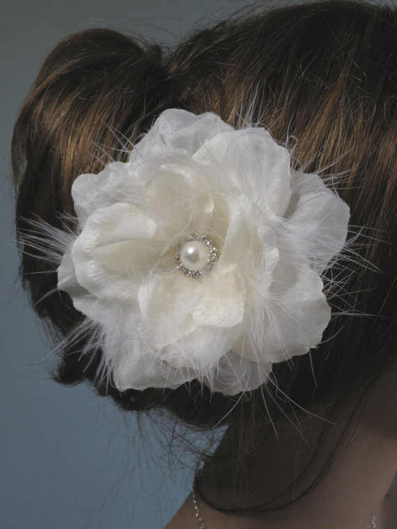 Hochzeit - Ivory(White) Bridal Flower Hair Clip Wedding Accessory Crystals Feathers Pearl
