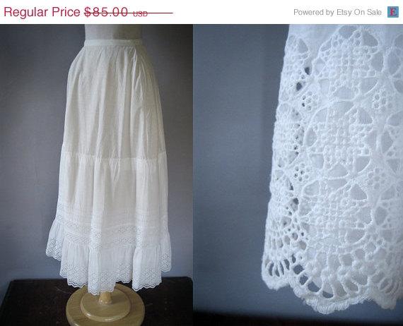 Свадьба - ON SALE Antique Edwardian Petticoat - Edwardian Slip - Tiered Prairie Skirt