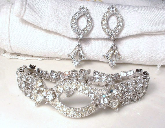 Свадьба - Art Deco Clear Pave Rhinestone Bracelet, Vintage Flapper Silver Crystal Wide Link 1920 Statement Jewelry, Gatsby Old Hollywood Glam Bridal