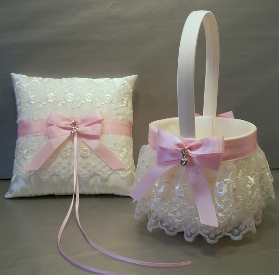 Mariage - Light Pink, Wedding Bridal, Flower Girl Basket and Ring Bearer Pillow Set on Ivory or White ~ Double Loop Bow & Hearts Charm ~ Allison Line