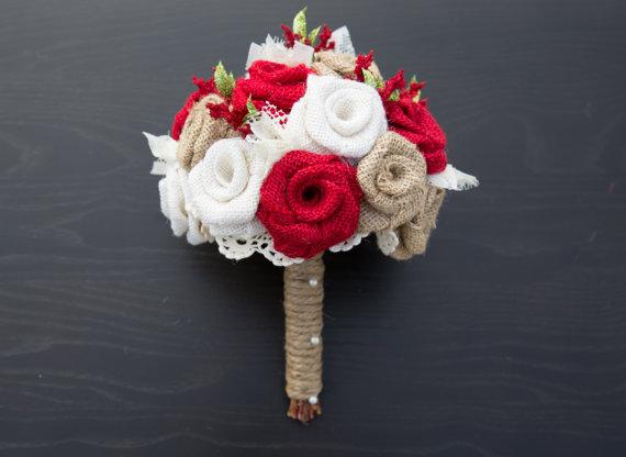 Mariage - Burlap Winter Wedding Bouquet Red, Ivory, and Natural Burlap Bouquet Burlap Bridal Bouquet Bride Bouquet