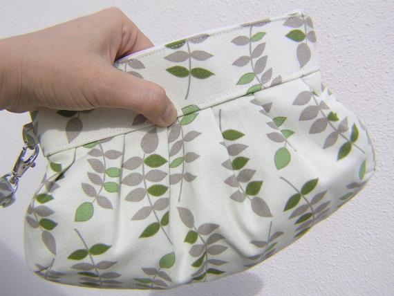 Mariage - BRIDESMAID CLUTCH Janbag wristlet wedding bridal clutch wristlet handmade gift for her - Leaves Sage