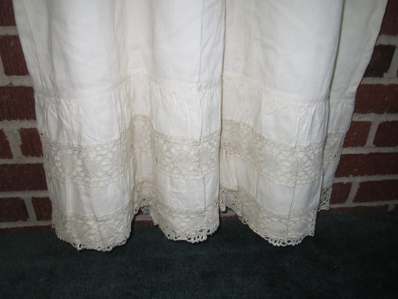 302b03474 Vintage 1920s Sturdy Large Ladies Lined Cotton Nightgown Petticoat with  Crocheted Trim