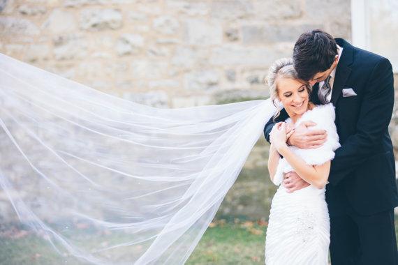 زفاف - Ashley a Swarovski Crystal Rhinestone 90 Inch Long Chapel Length Veil