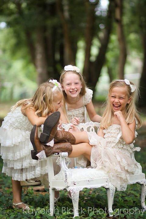 Mariage - Lace Flower Girl dress- Flower Girl Dresses- Ivory flower girl dress- Lace dress- Rustic Girls Dress- Baby Lace Dress- Junior Bridesmaid