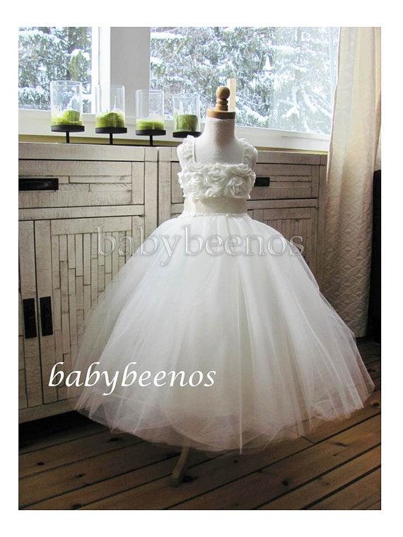 زفاف - Tulle Flower girl dress RESERVED for Briony