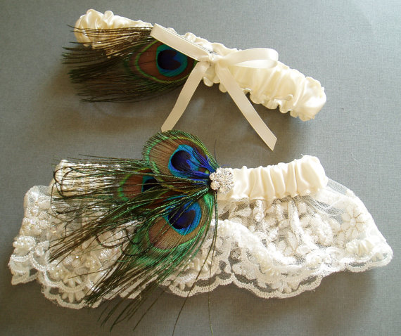 Свадьба - Peacock Garter Set Feather LACE GARTERS WEDDING Rhinestone bridal lingerie, wedding accessories ivory pearl garder