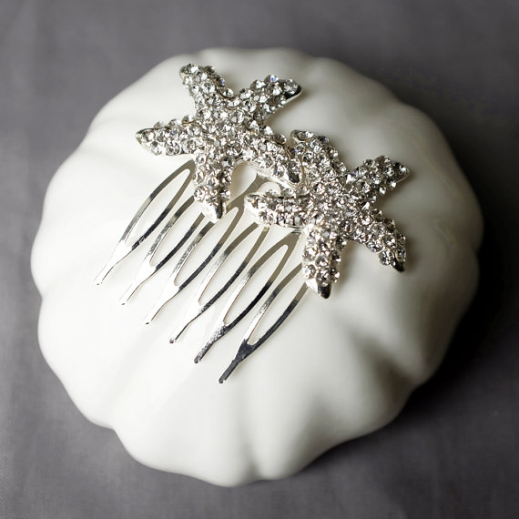 Mariage - Bridal Rhinestone Hair Comb Double Crystal Starfish Hair Comb Hair Clip Wedding Hair Accessories Beach Wedding Jewelry CM083LX