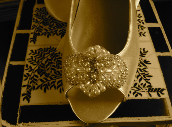 "Mariage - Custom Bridal Flat Open Peep Toe Shoe 1/2"" Heel Low Heel Pump Beaded Pearl Crystals Wedding Shoe Low HeelPump"