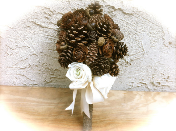 Свадьба - Rustic wedding bouquet pine cone forest winter country weddings