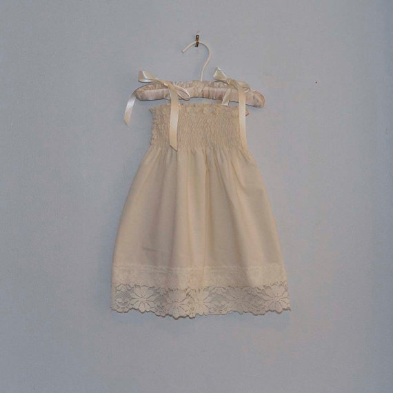 Mariage - Rustic Lace Flower Girl Dress...Rustic Wedding... Cream, Ivory or White... Eco-friendly...6m,9m,12m,18m,2t,3t,4t,5,6,7,8