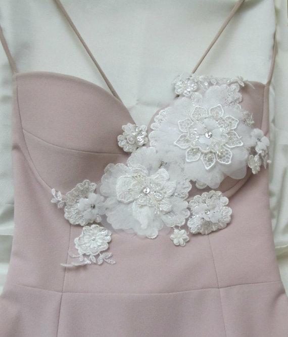 Hochzeit - Bridal Ivory 3D Applique for Bust Bridal Sash Belt Wedding Sashes Weddin Gown Dress Appliques