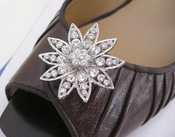 Hochzeit - Brides Bridesmaids Rhinestones Magnetic Shoe clips - Bridal Jewelry - Wedding Jewelry - Bridal Accessories
