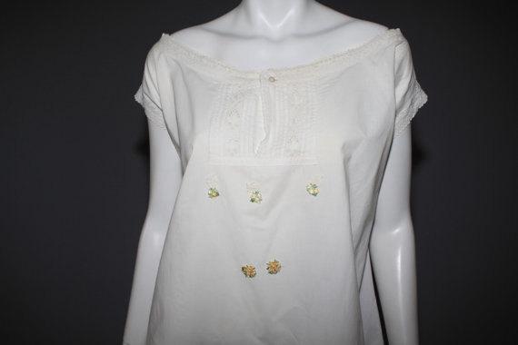 Hochzeit - Vintage Victorian Chemise - Vintage Cotton Lingerie