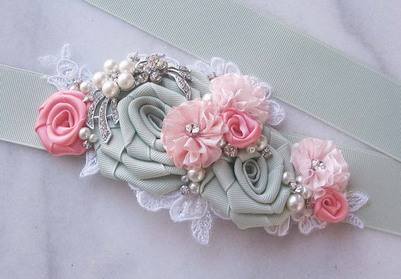 Mariage - Seafoam and Coral Sash, Pale Mint Bridal Sash, Coral Pink Wedding Belt with Rhinestones, Pearls, Sea Glass Green - SPRING MEADOW