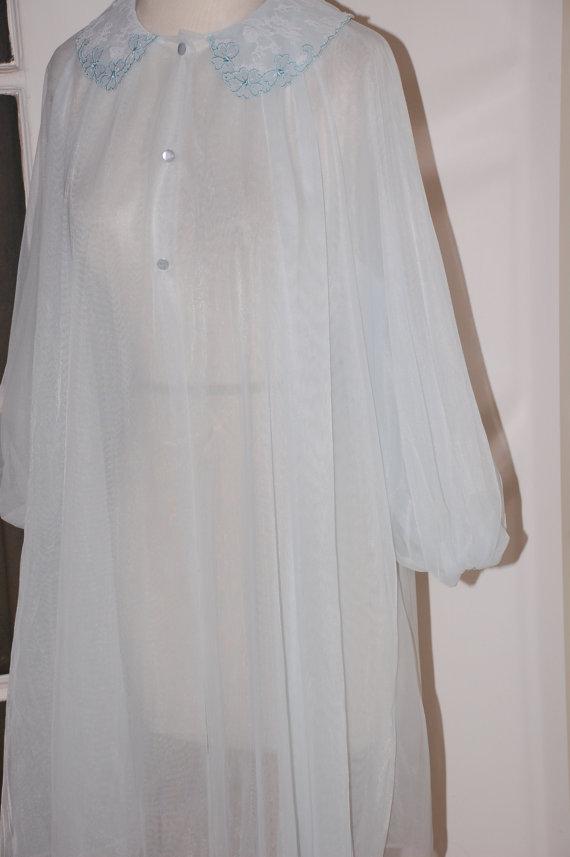 Mariage - 50s Robe, Pale Blue, Peignoir, Chiffon, Lingerie, Lace, Applique, Bridal, Trousseau, NOS, Size M