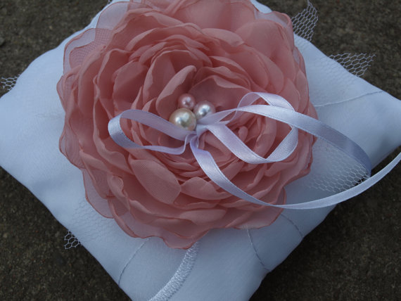 White Wedding Pillow With Dusty Pink Colored Flower Ring Bearer