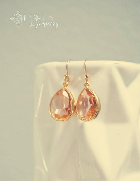 Mariage - peach crystal gold teardrop earrings. gold earrings. simple gemstone drops. gem dangle. apricot. bridal jewelry