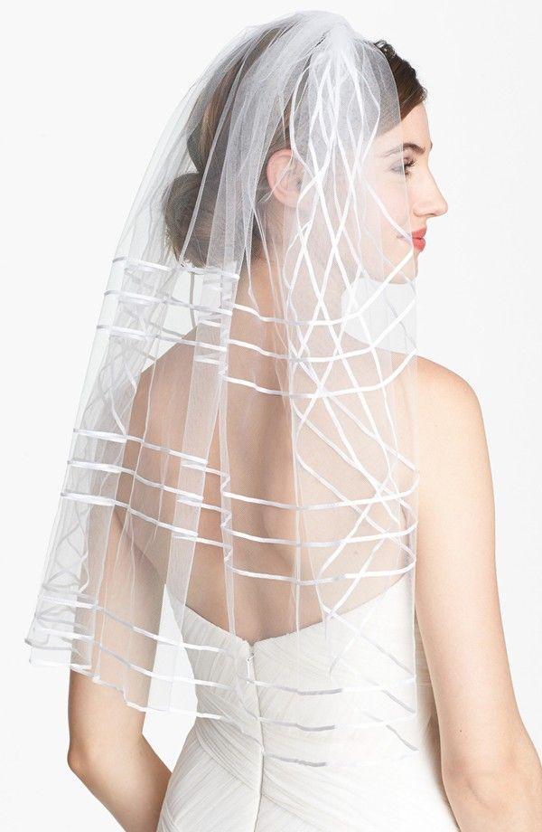 Свадьба - 8 Bridal Veils & Hair Accessories For A Wedding