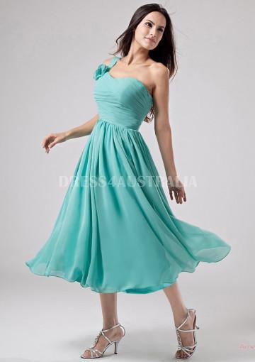 Mariage - Buy Australia A-line Empire One-shoulder Chiffon Knee Length Bridesmaid Dresses 8132224 at AU$118.93 - Dress4Australia.com.au