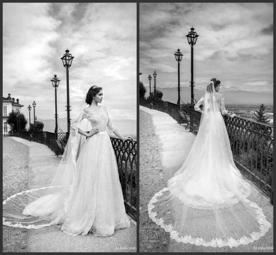 Mariage - Modest Wedding Dresses With Half Sleeve Scoop Sheer Illusion Lace Sheer Alessandra Rinaudo Chapel Length Tulle Bridal Dress Ball Gown A-Line Online with $129.06/Piece on Hjklp88's Store