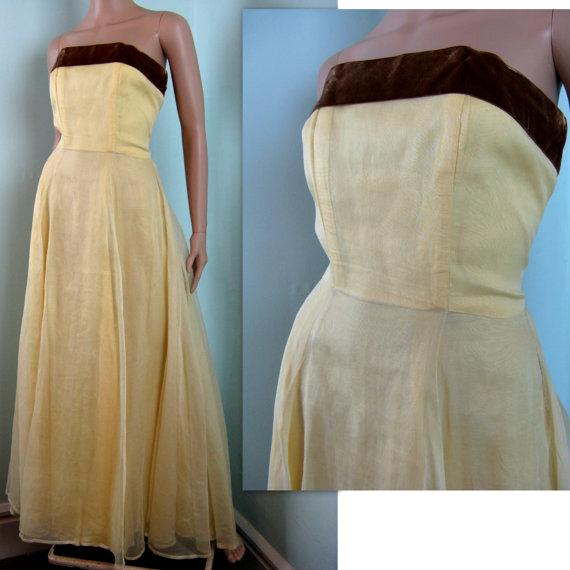 زفاف - Vintage 1940s Yellow Organdy Gown // 40s Dress with Brown Velvet Sash // 2/XS
