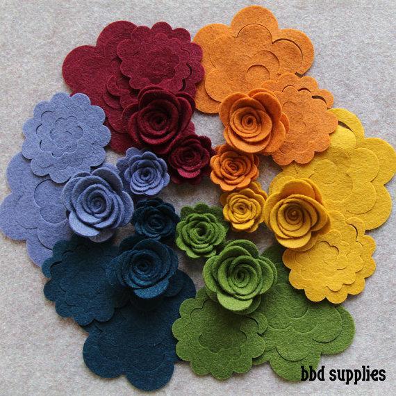 زفاف - Quilters Bouquet - 3D Rolled Roses Small & Medium - 24 Die Cut Wool Blend Felt Flowers - Unassembled Rosettes