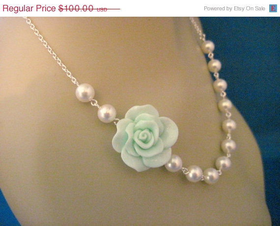 Свадьба - Bridesmaid Jewelry Set of 5 Mint Fashion Rose and Pearl Bridal Necklaces