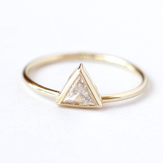 Mariage - 0.25 Carat Trillion Diamond Ring - Diamond Engagement Ring - 18k Solid Gold