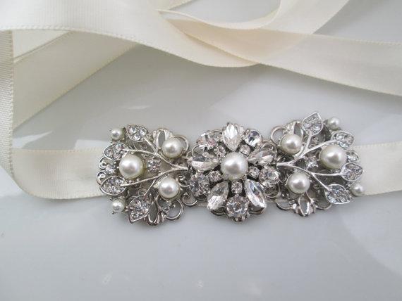 Свадьба - wedding dress sash rhinestone belt bridal crystal wedding sash pearl bridal belt ribbon Ivory Pearl sash vintage style